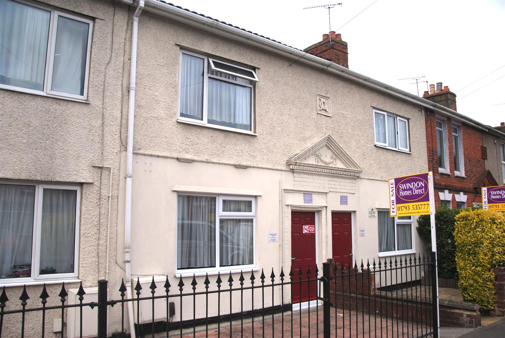 2 Bedrooms Terraced House for sale in Swindon